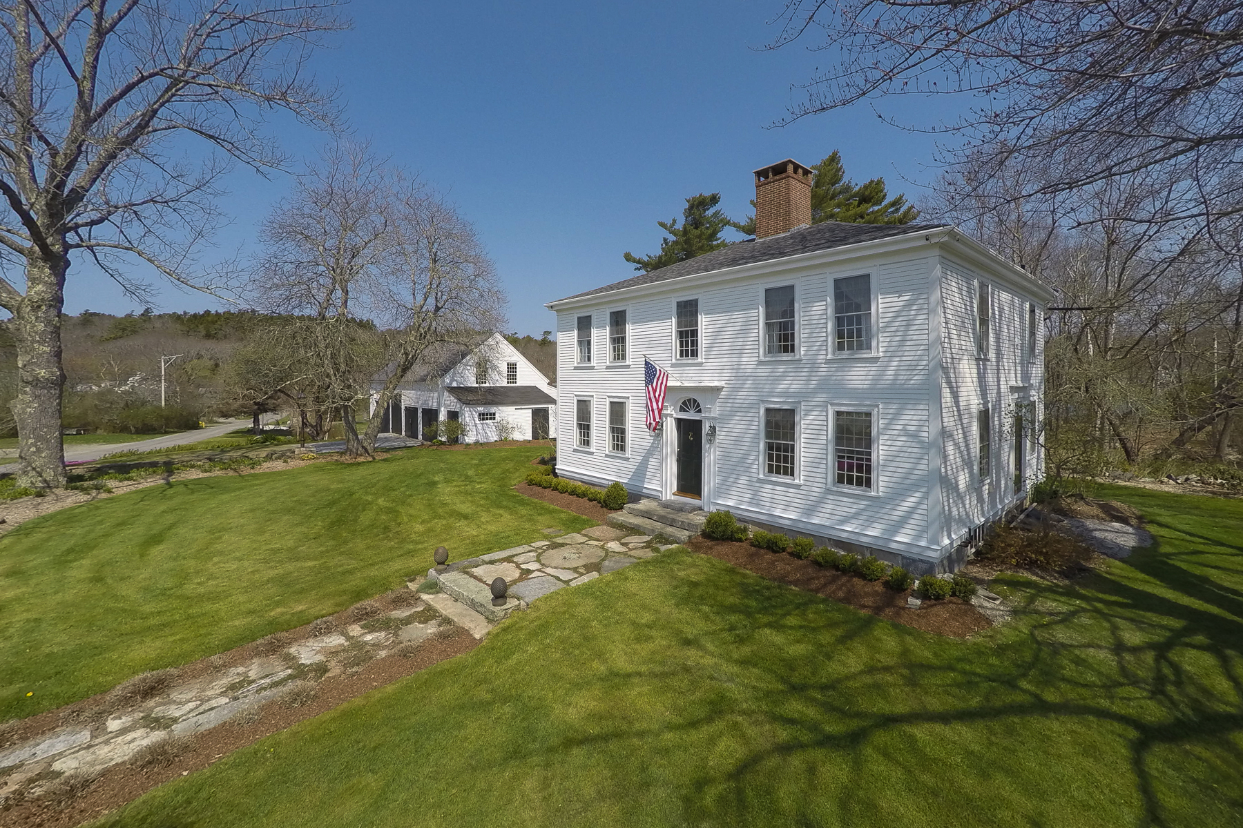 Casa Unifamiliar por un Venta en The Murray House 29 Murray Hill Road Boothbay, Maine, 04537 Estados Unidos