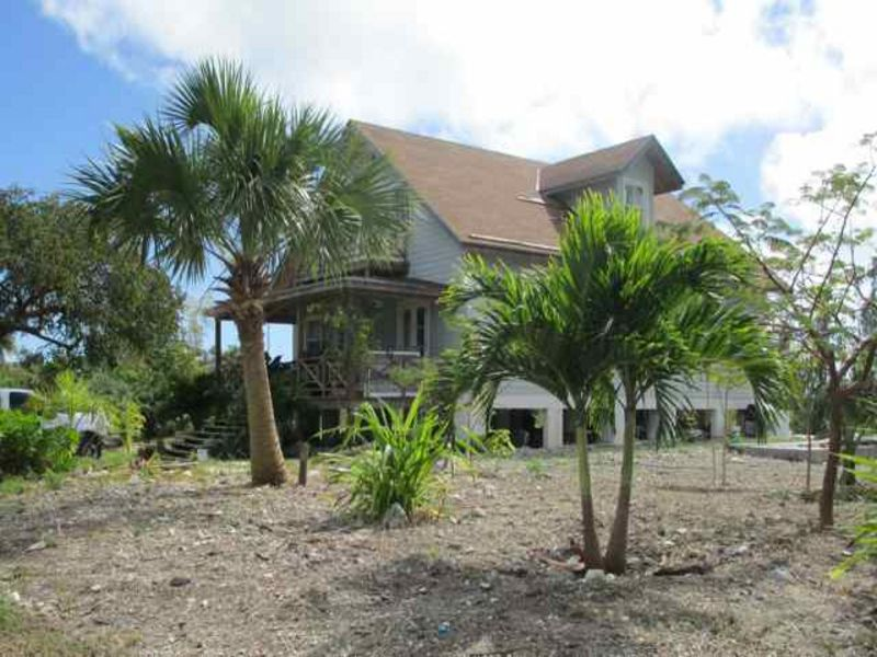 Single Family Home for Sale at Inviting Country House in Rock Sound Rock Sound, Eleuthera Bahamas