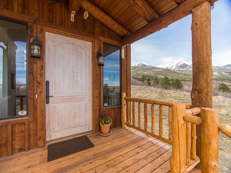 Single Family Home for Sale at Stunning Home With Breathtaking Views 2001 Taylor Road Westcliffe, Colorado 81252 United States