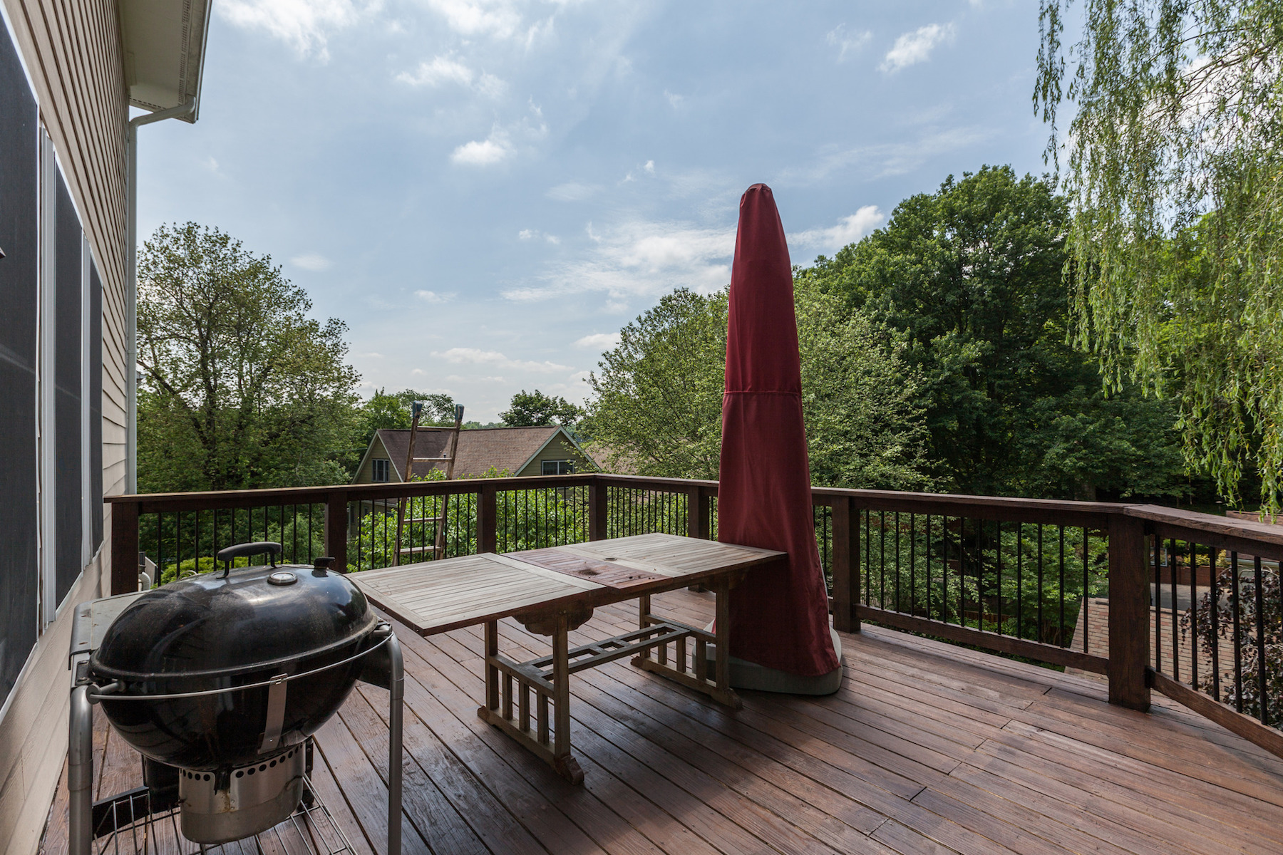 Additional photo for property listing at 6409 Macarthur Boulevard, Bethesda 6409 Macarthur Blvd Bethesda, Maryland 20816 Estados Unidos