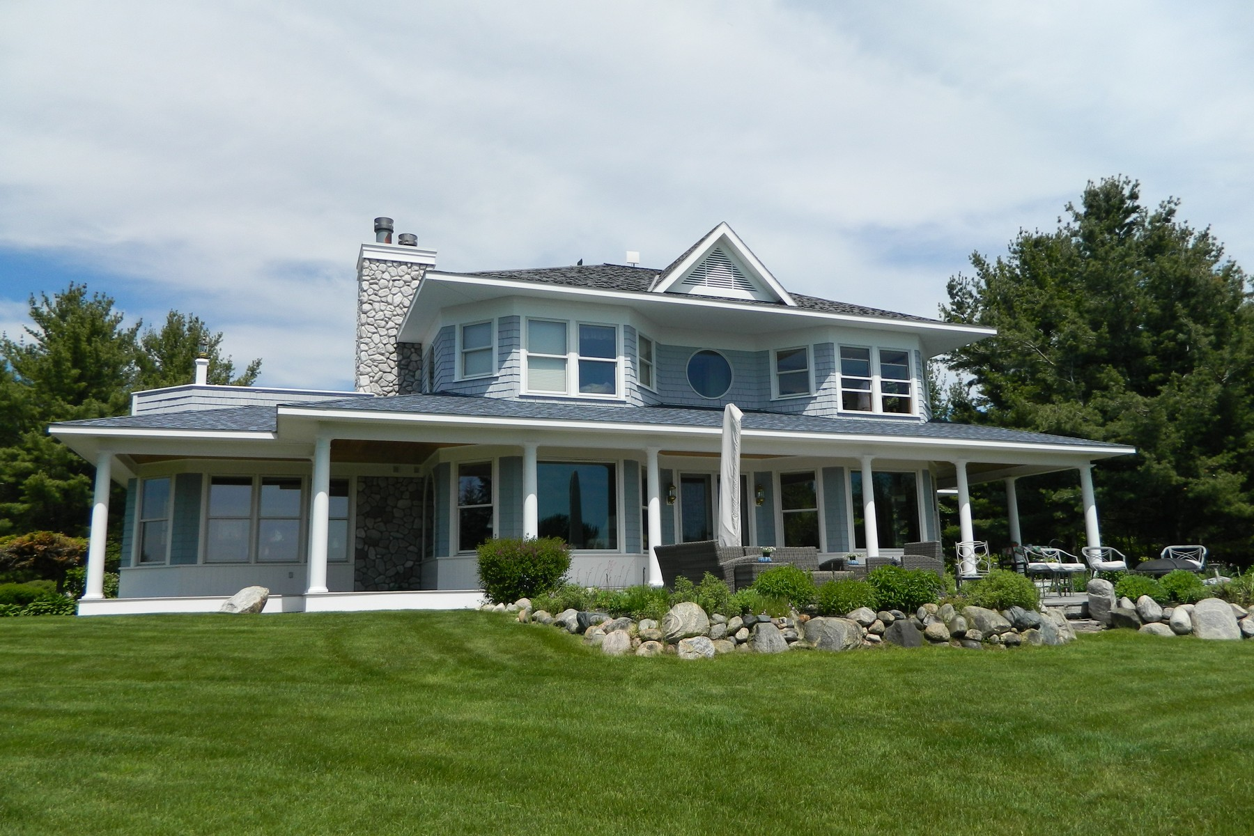 Property For Sale at 6281 S. Lake Shore Drive, Harbor Springs