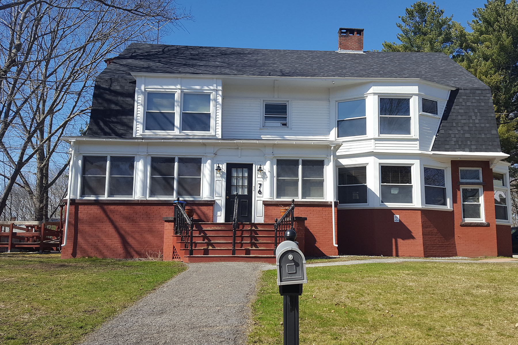 Commercial for Sale at 76 Pleasant Street Brunswick, Maine 04011 United States