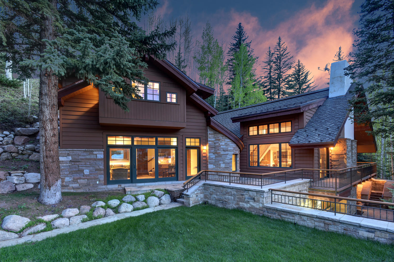 Casa Unifamiliar por un Venta en 670 Forest Road Vail Village, Vail, Colorado, 81657 Estados Unidos