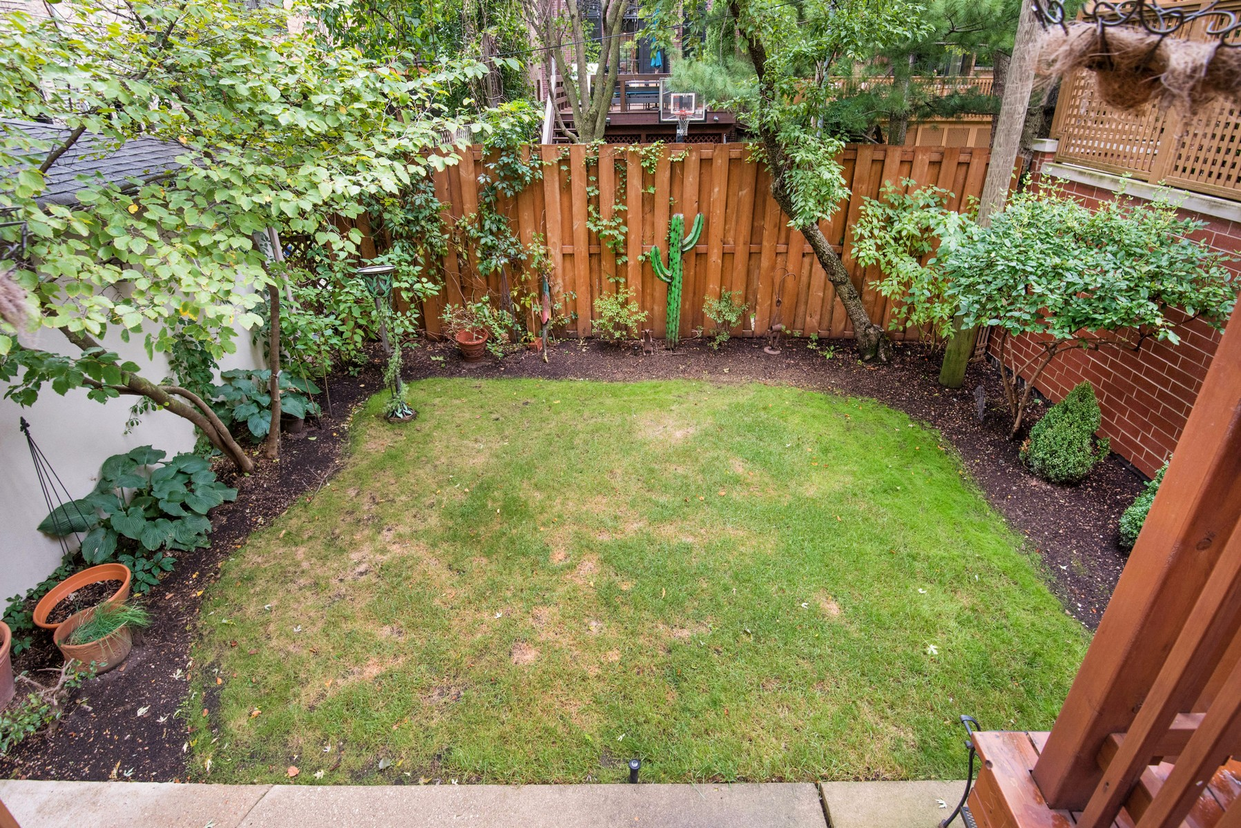 Additional photo for property listing at Wonderful Opportunity of Enormous Lot 1909 N Burling Street Chicago, Illinois 60614 United States