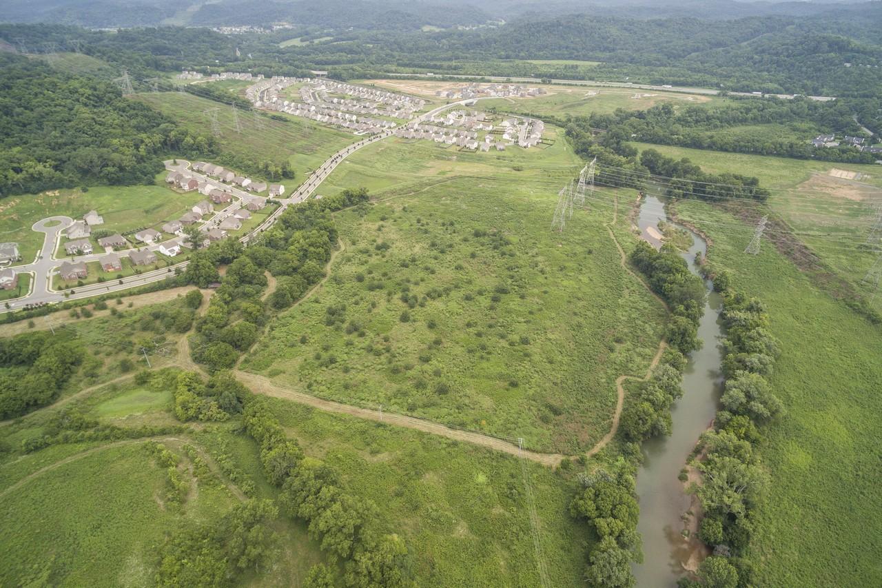 Terrain pour l Vente à Investment Opportunity 8388 McCroy Lane Nashville, Tennessee 37221 États-Unis