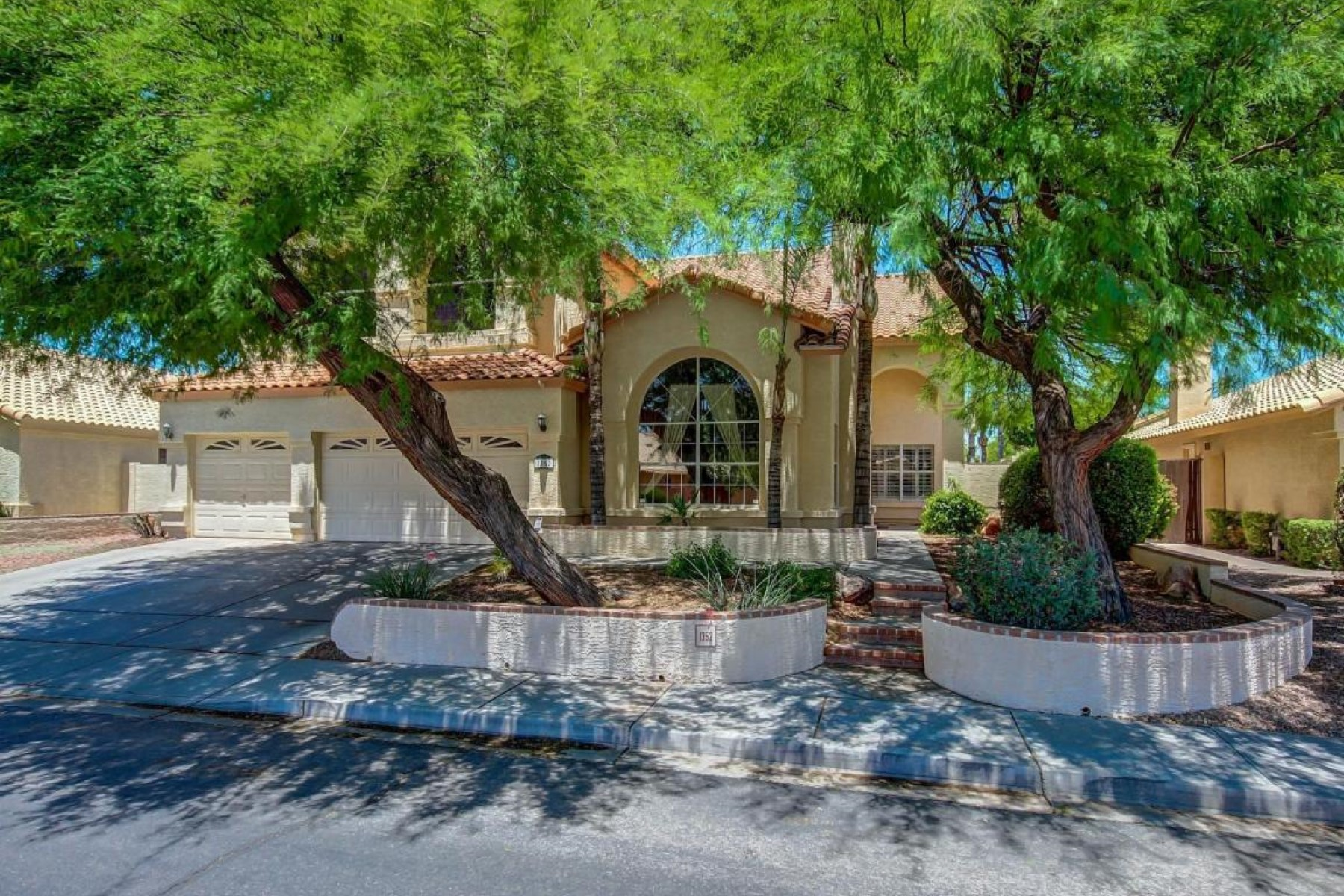 sales property at Beautifully maintained home in Clemente Ranch