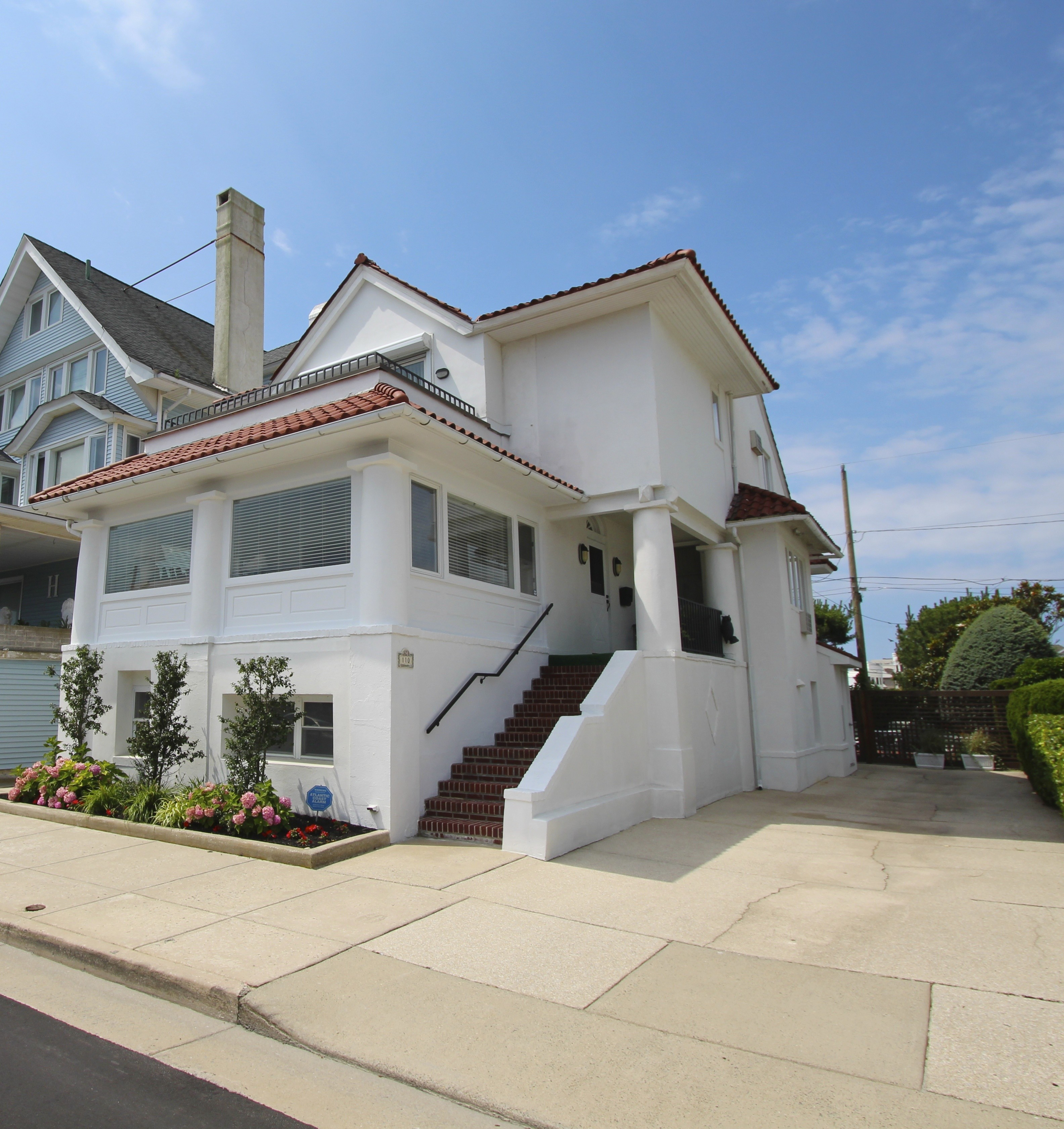 Single Family Home for Sale at 110 S Somerset Ventnor, New Jersey 08406 United States
