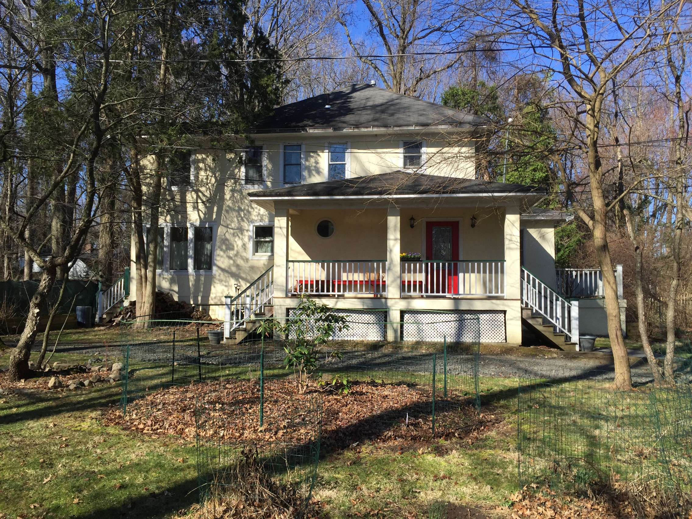 Single Family Home for Sale at c.1922 Colonial 143 Washington Spring Rd Palisades, New York 10964 United States