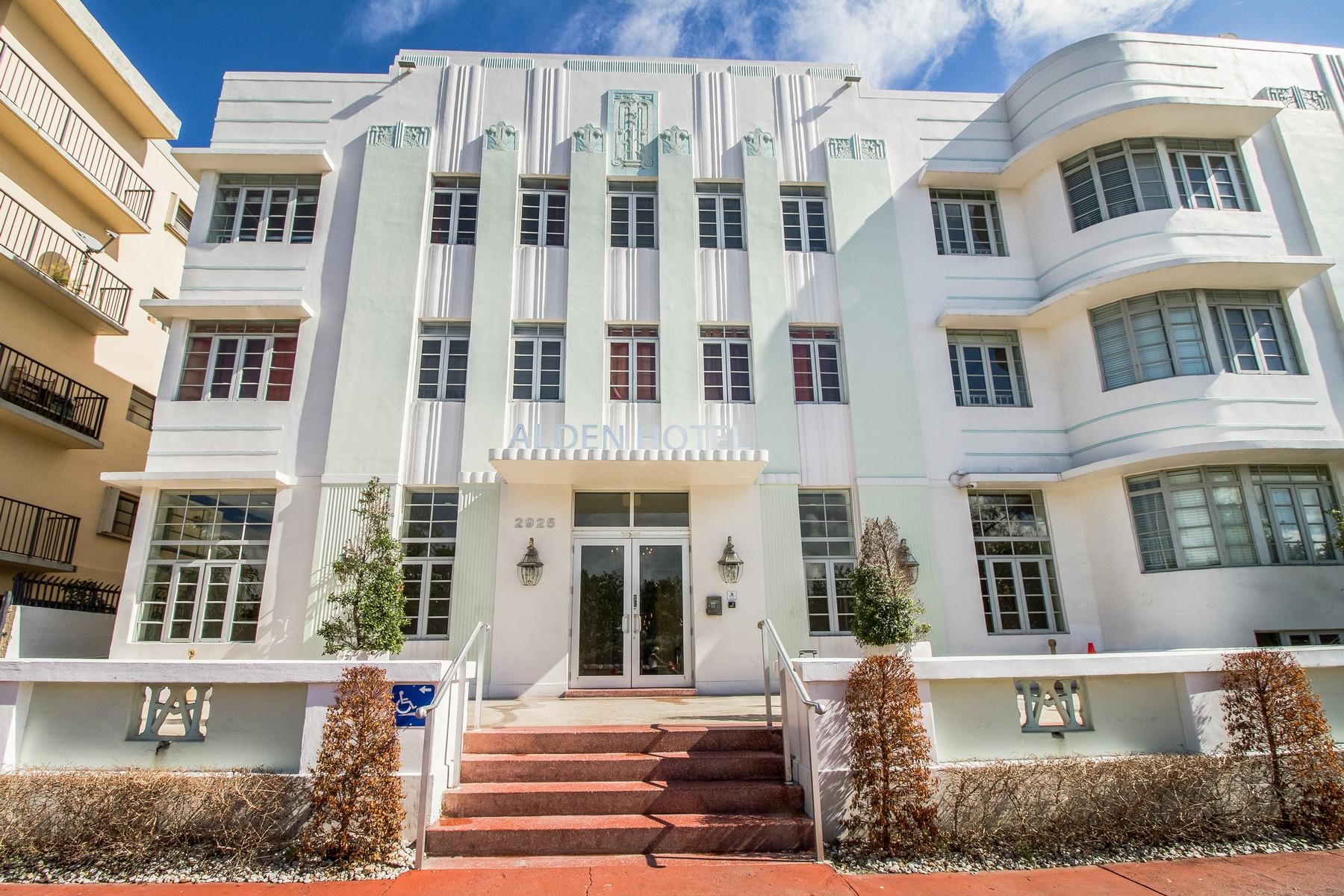 Condominio por un Venta en 2925 Indian Creek #107 Miami Beach, Florida 33140 Estados Unidos