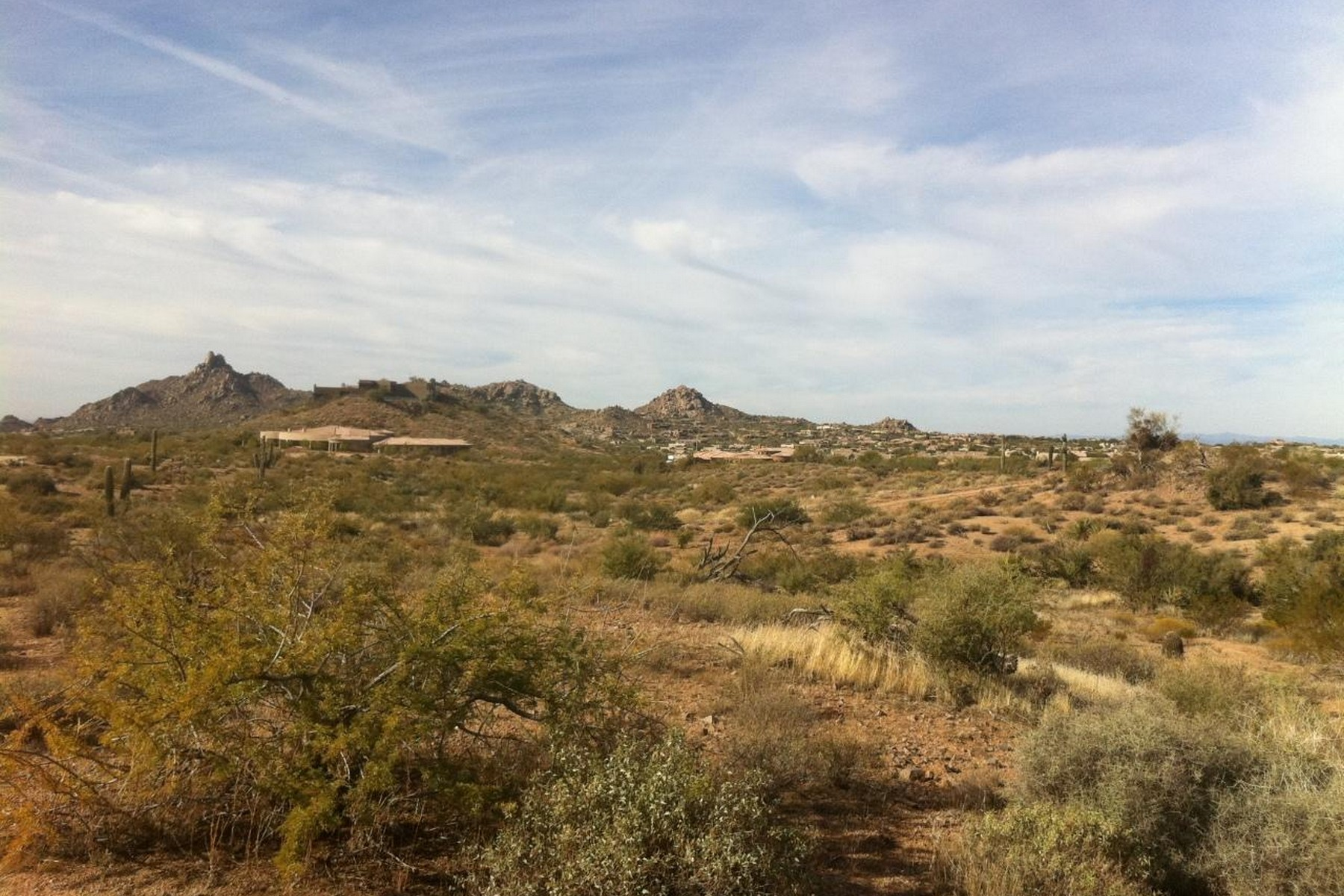 Property For Sale at Pinnacle Peak, City Lights & Mountain Views