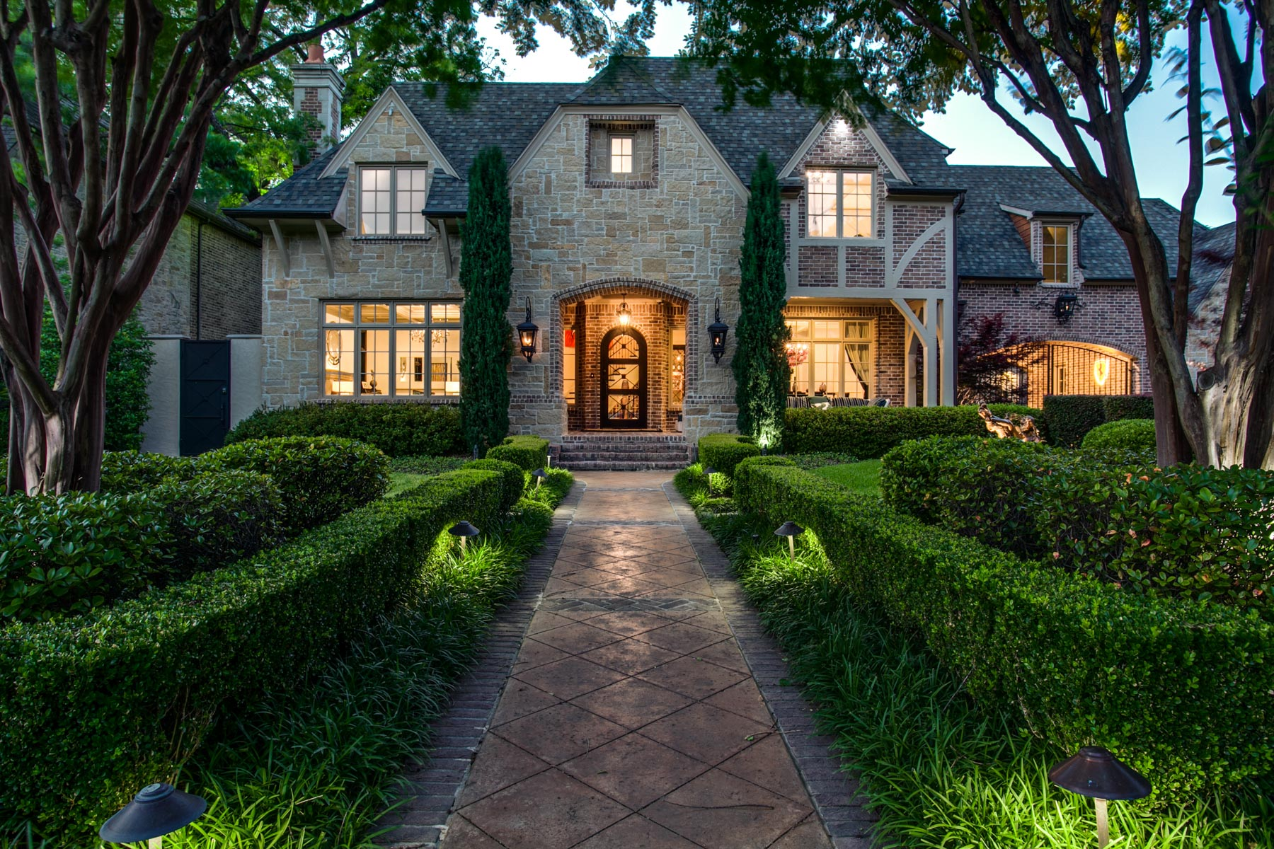 sales property at Highland Park Traditional Manor