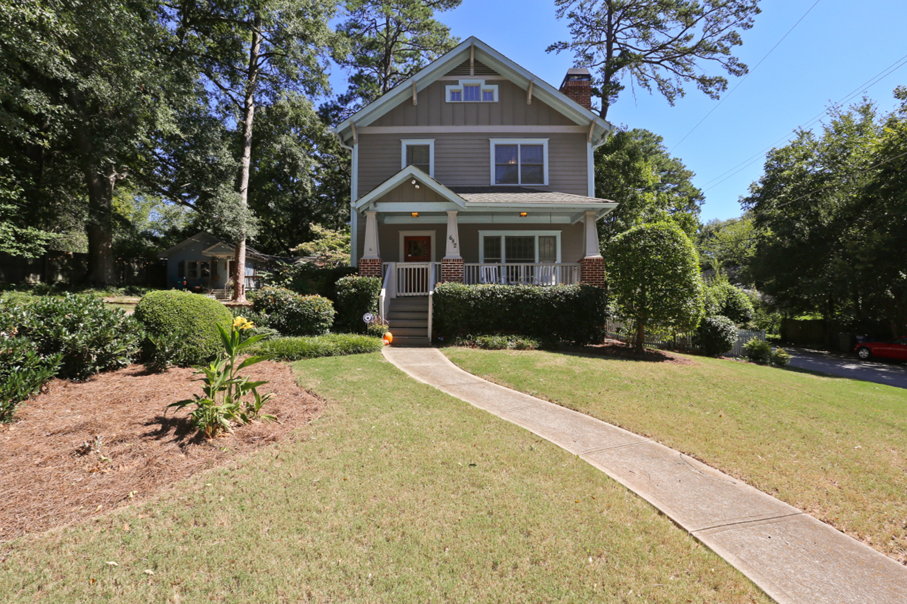 Single Family Home for Sale at Ormewood Park Craftsman 682 Vernon Avenue SE Atlanta, Georgia, 30316 United States