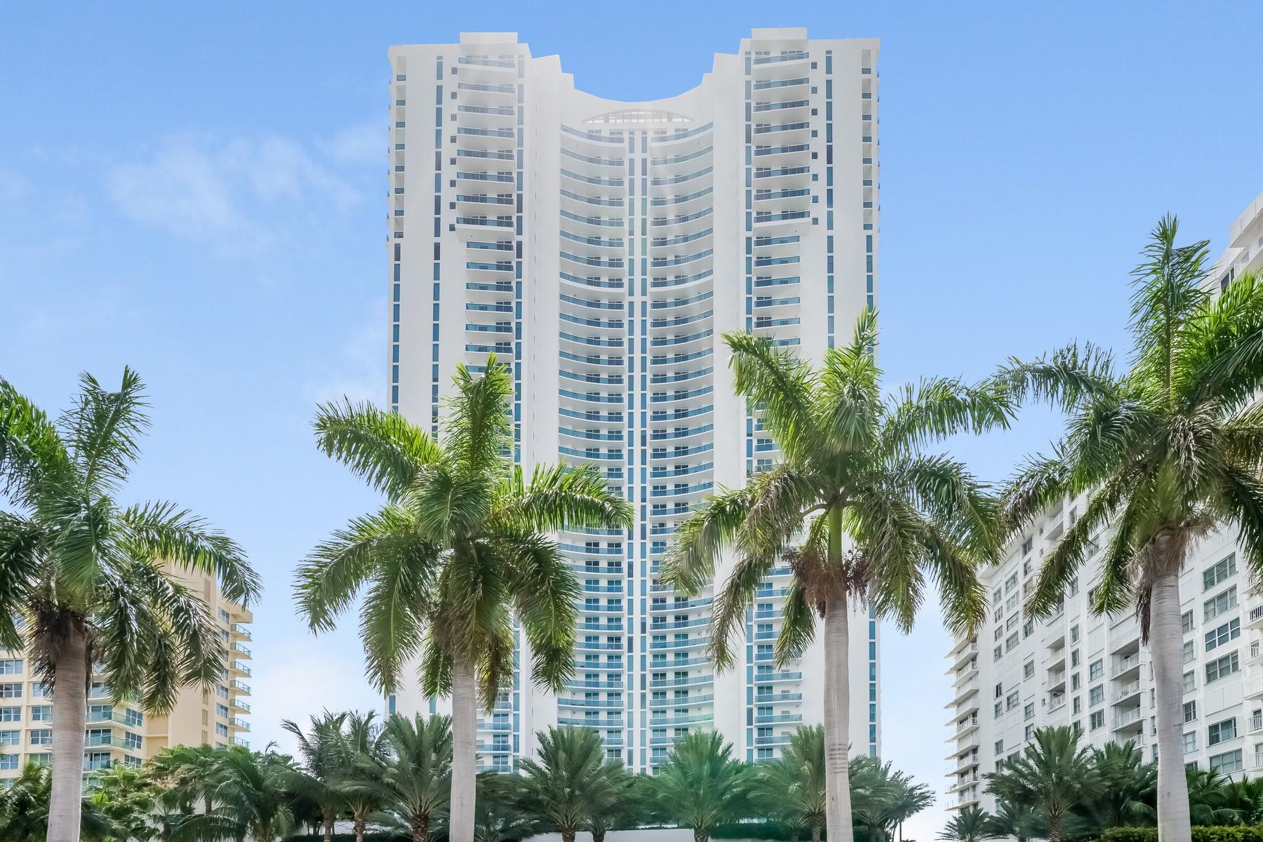 Appartement en copropriété pour l Vente à 2711 SOcean Dr #3803 2711 S Ocean Dr #3803 Hollywood, Florida 33019 États-Unis