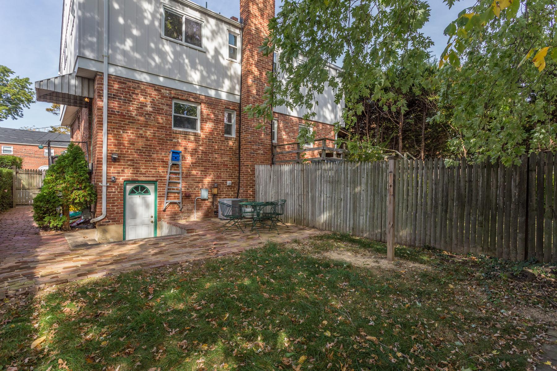 Appartamento per Affitto alle ore 11 Myrtle Street E B, Alexandria Alexandria, Virginia 22301 Stati Uniti