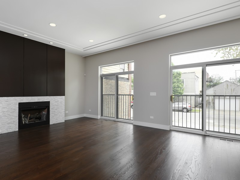 Single Family Home for Sale at Expert Craftmanship & Luxury Finishes 2429 N Talman Avenue Logan Square, Chicago, Illinois 60647 United States