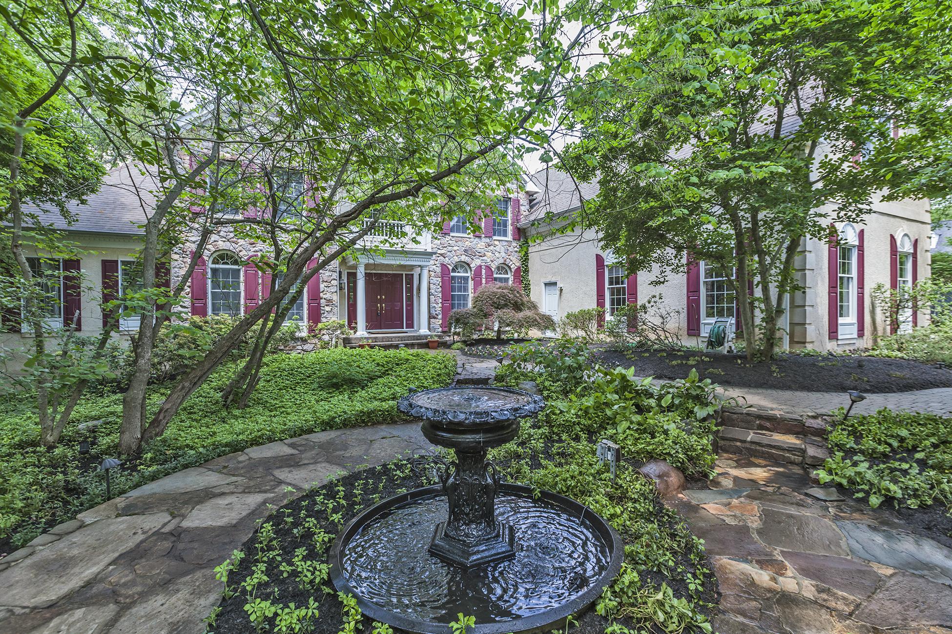 Nhà ở một gia đình vì Bán tại A Life of Luxury on Coveted Stonecliff Road 140 Stonecliff Road Princeton, New Jersey 08540 Hoa Kỳ