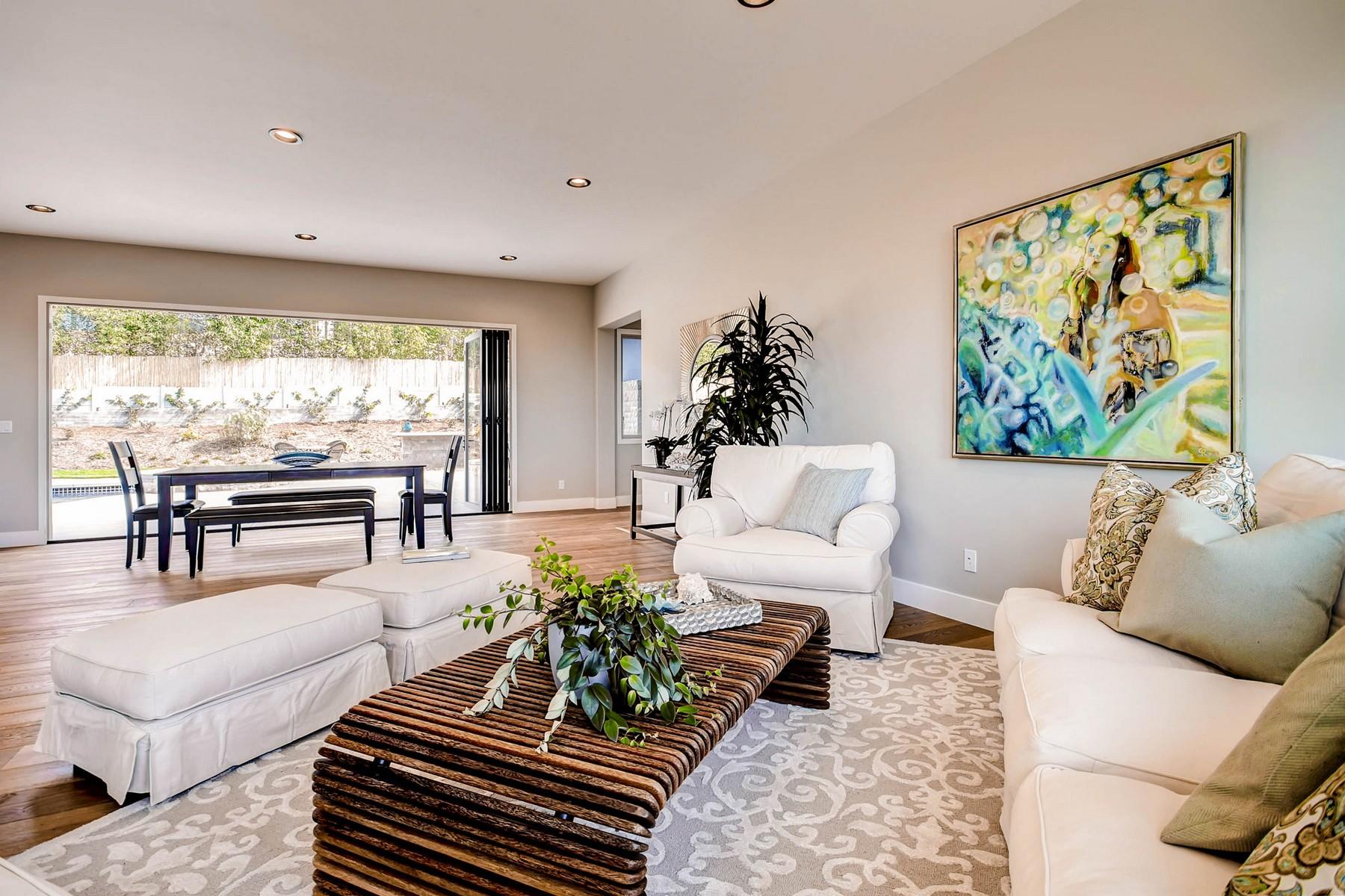 Additional photo for property listing at 6645 Avenida De Las Pescas  拉荷亚, 加利福尼亚州 92037 美国