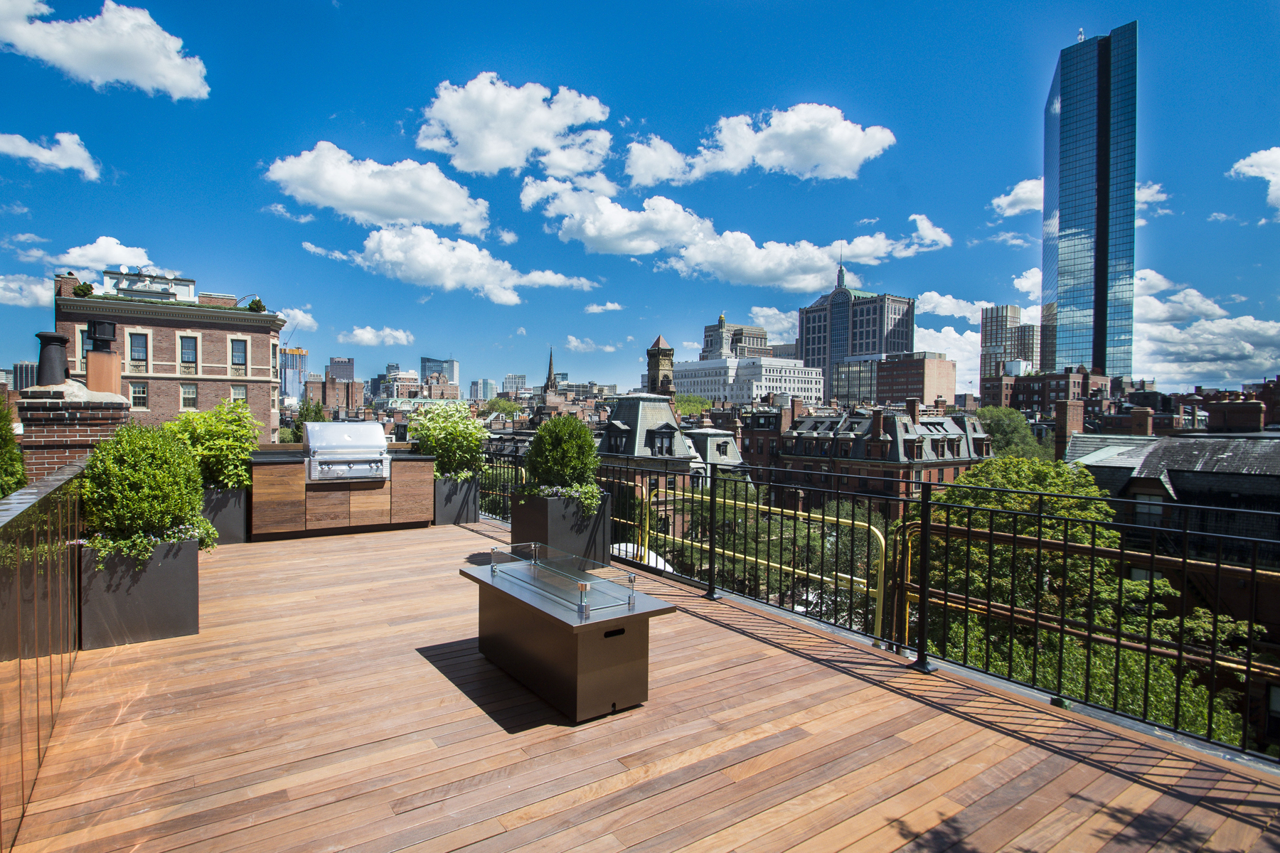 rentals property at Completely Renovated Furnished Penthouse
