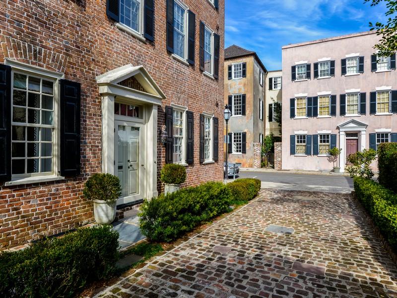 Casa para uma família para Venda às Jonathan Badger House 41 Tradd Street Charleston, Carolina Do Sul 29401 Estados Unidos