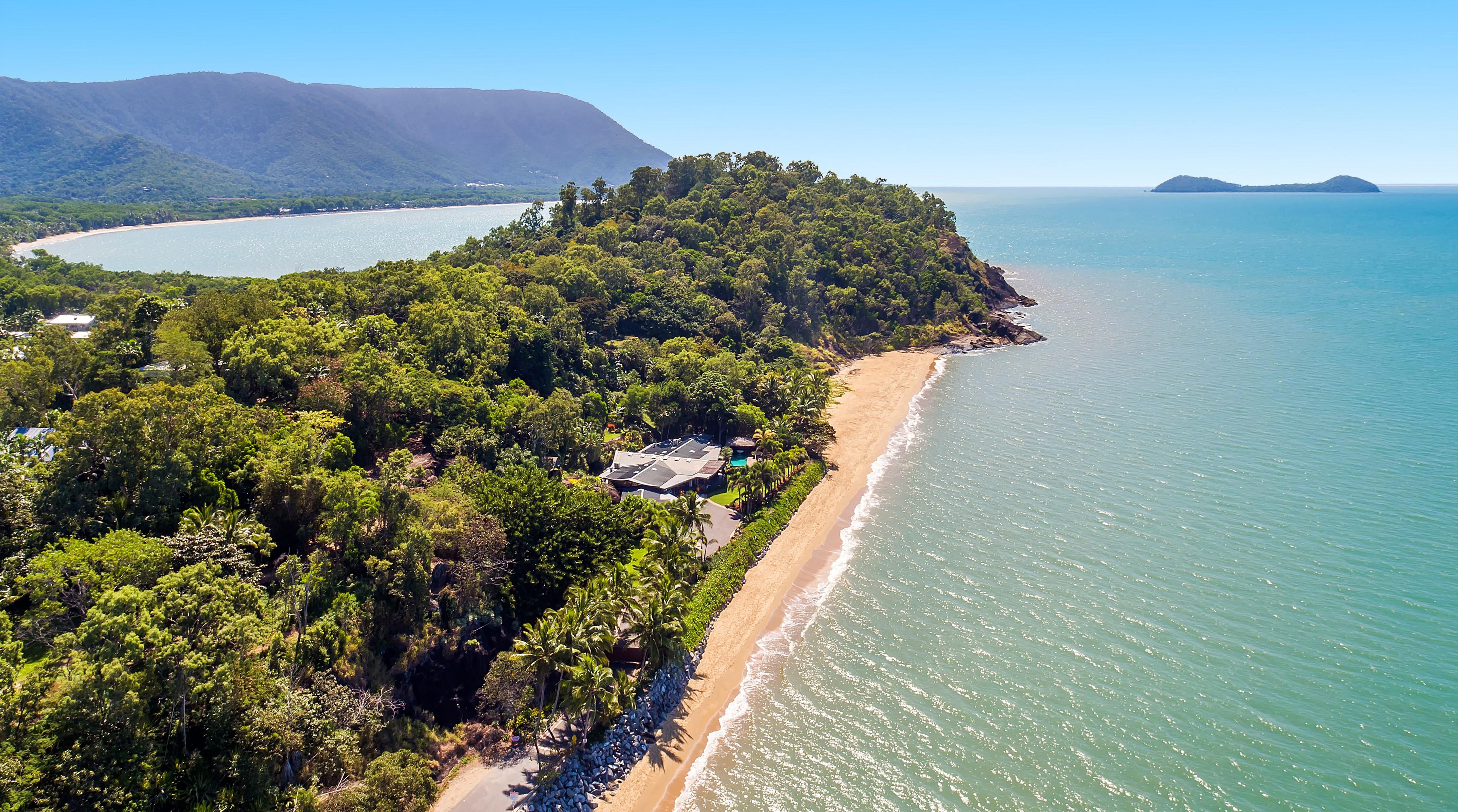 独户住宅 为 销售 在 Trinity Beach Palace Vasey Esplanade Cairns, 昆士兰, 4879 澳大利亚