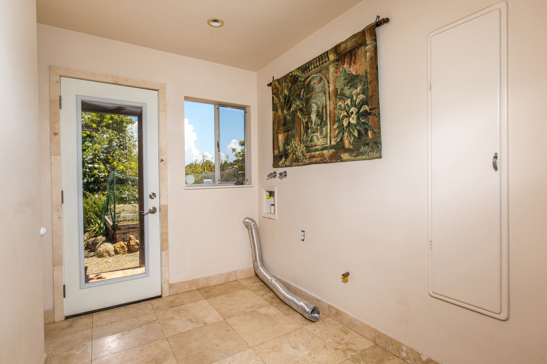Additional photo for property listing at 5133 Verna Way  La Mesa, Californie 91941 États-Unis