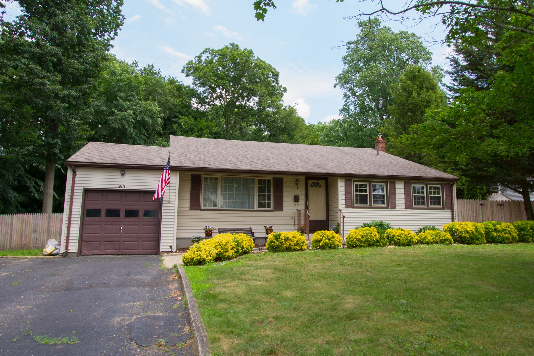 Single Family Home for Sale at Lincroft 165 Harvey Ave Lincroft, New Jersey, 07738 United States