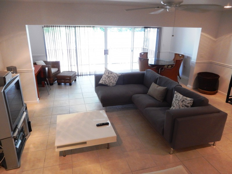 Additional photo for property listing at Nautica Townhouse Nautica Garden View Townhouse West Bay Street, New Providence/Nassau 0 Bahamas