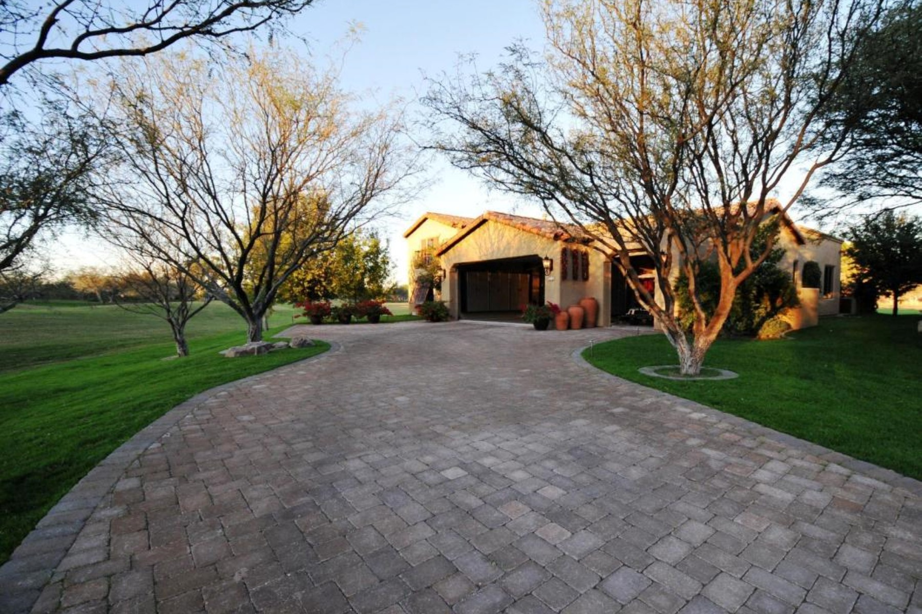 Single Family Home for Sale at Stunning mountain and golf course views surrounding thing Dorn Sabino Model 88 Via Campestre Tubac, Arizona 85646 United States