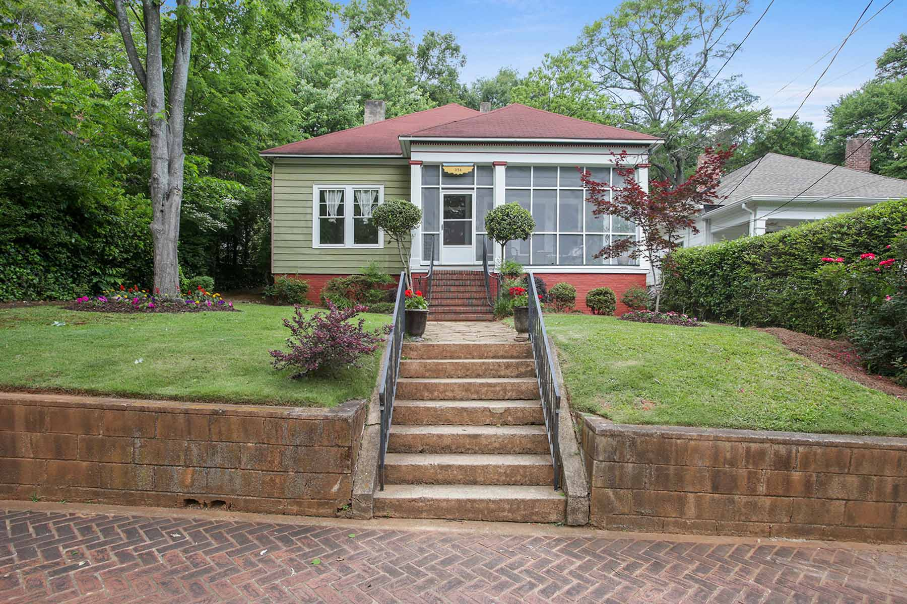 "独户住宅 为 销售 在 The ""Twin Hollies"" Historic Grant Park Home 356 Augusta Avenue Grant Park, 亚特兰大, 乔治亚州, 30313 美国"