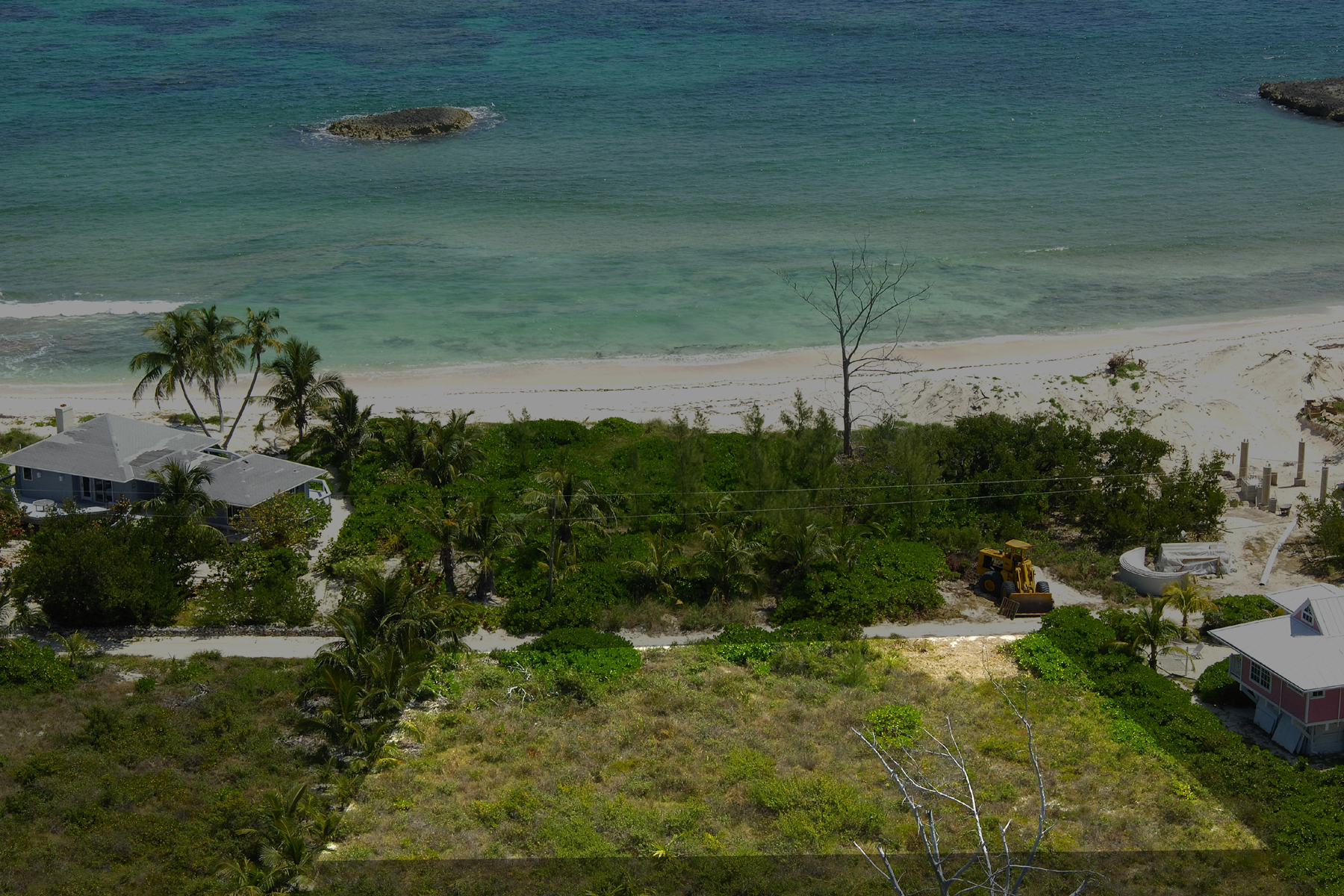 Additional photo for property listing at Beachside  Elbow Cay Hope Town, Abaco . Bahamas