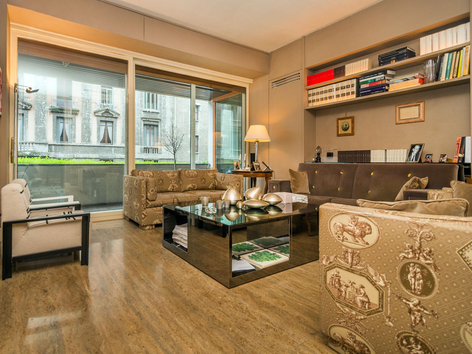 Appartamento per Vendita alle ore Splendido appartamento con magnifici interni Via San Vittore Milano, Milano 20123 Italia