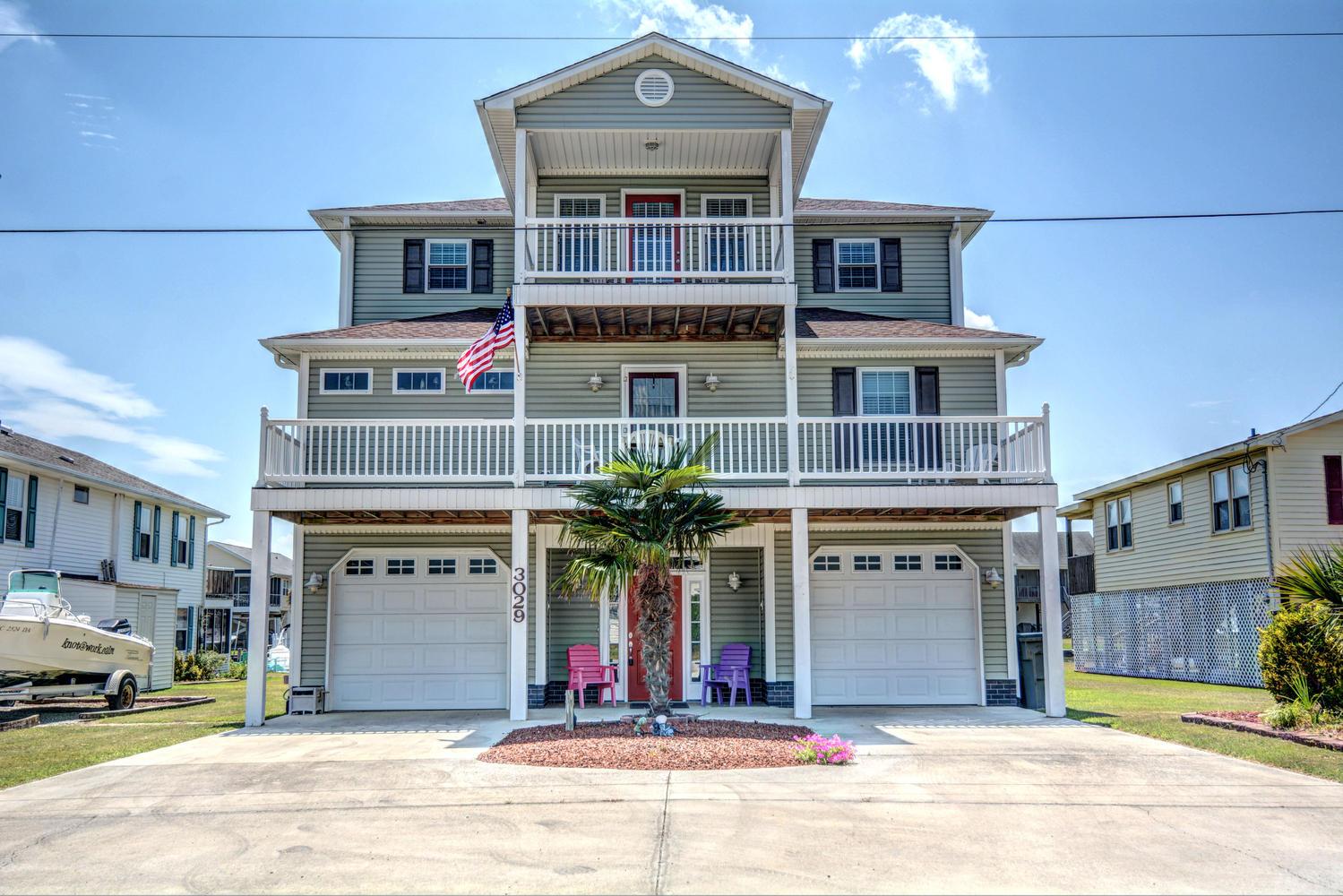 단독 가정 주택 용 매매 에 Deep Water Haven 3029 Third Ave. Surf City, 노스캐놀라이나 28445 미국