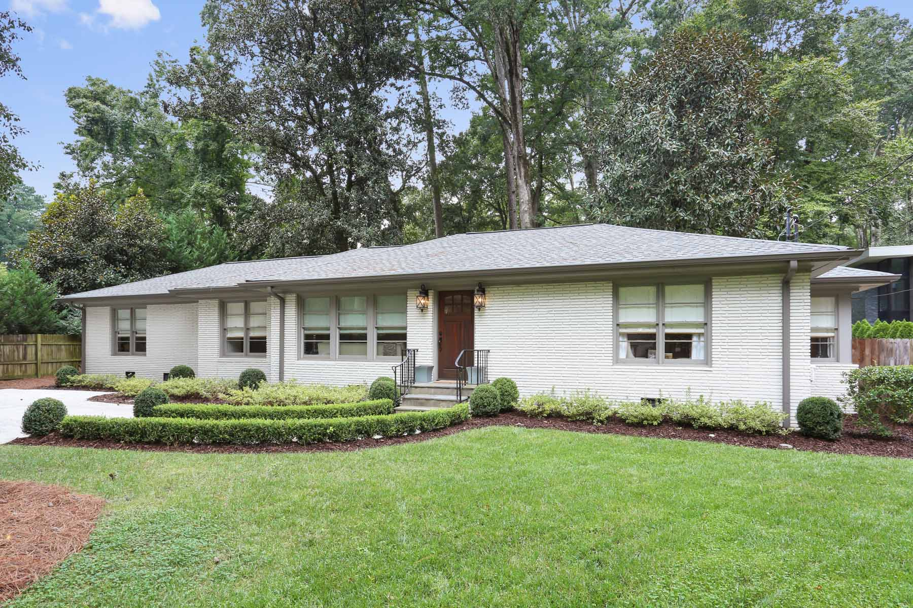 Maison unifamiliale pour l Vente à Timeless High End Transformation in Morris Brandon 2550 Northside Drive NW Buckhead, Atlanta, Georgia, 30305 États-Unis