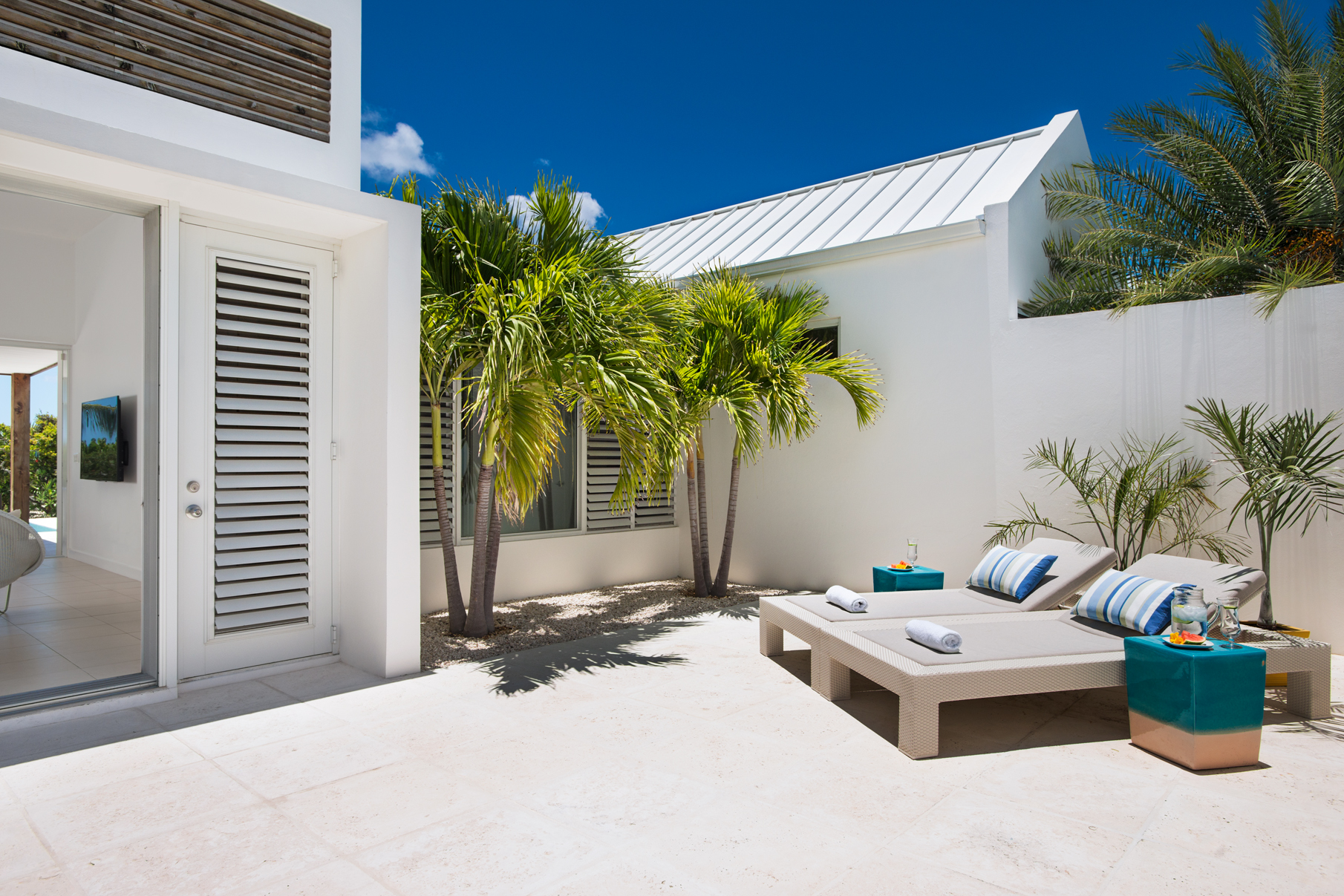 Additional photo for property listing at Sunset Beach Villas - Design B Gardenview Leeward, Providenciales TC Turks And Caicos Islands