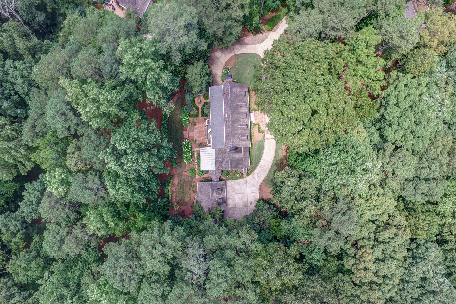 Single Family Home for Sale at Beautiful Private Property In Great Neighborhood 1725 Winterthur Close NW Sandy Springs, Georgia, 30328 United States
