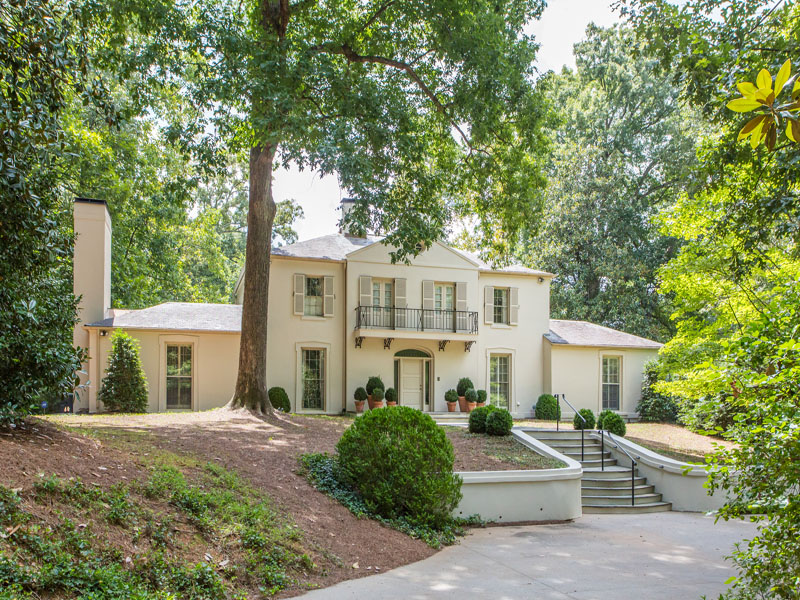 獨棟家庭住宅 為 出售 在 Buckhead Classic 1154 West Paces Ferry Road Buckhead, Atlanta, 喬治亞州 30327 美國