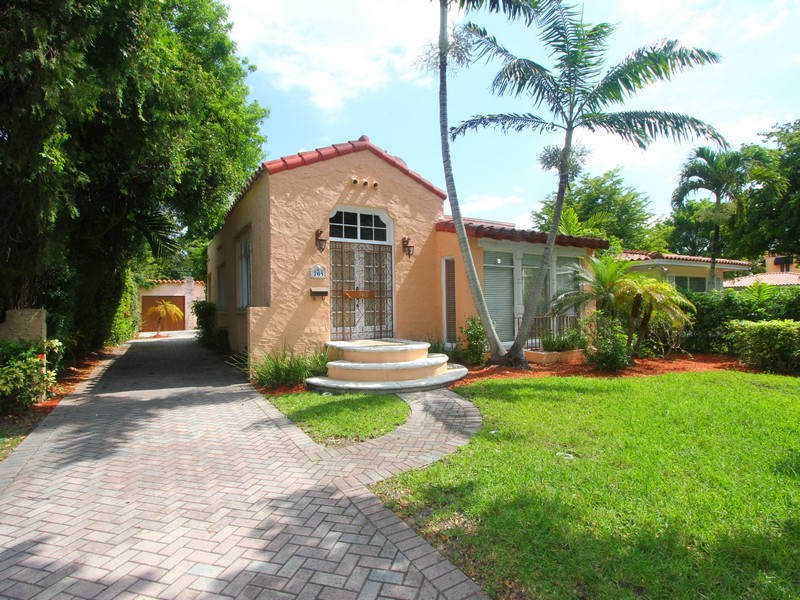Property For Sale at 705 Majorca Ave