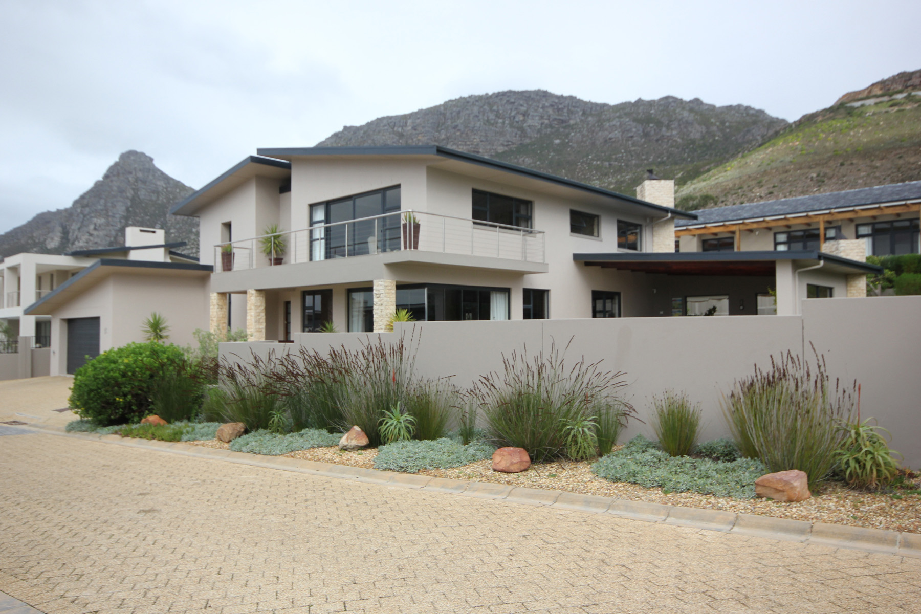 Single Family Home for Sale at Stonehurst Mountain Estate Cape Town, Western Cape 7945 South Africa