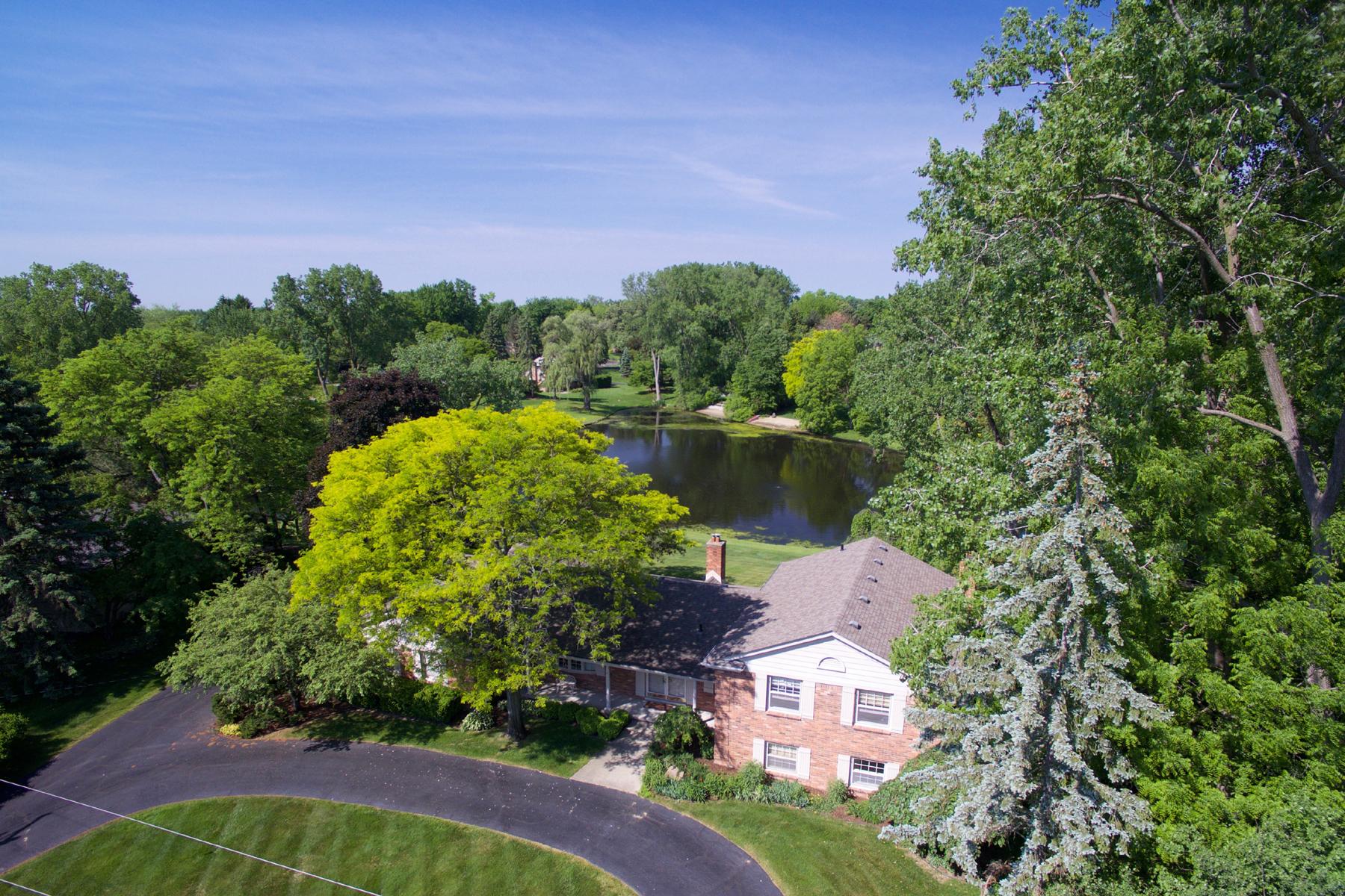 Nhà ở một gia đình vì Bán tại Bloomfield 5228 Kings Gate Way Bloomfield, Michigan, 48302 Hoa Kỳ