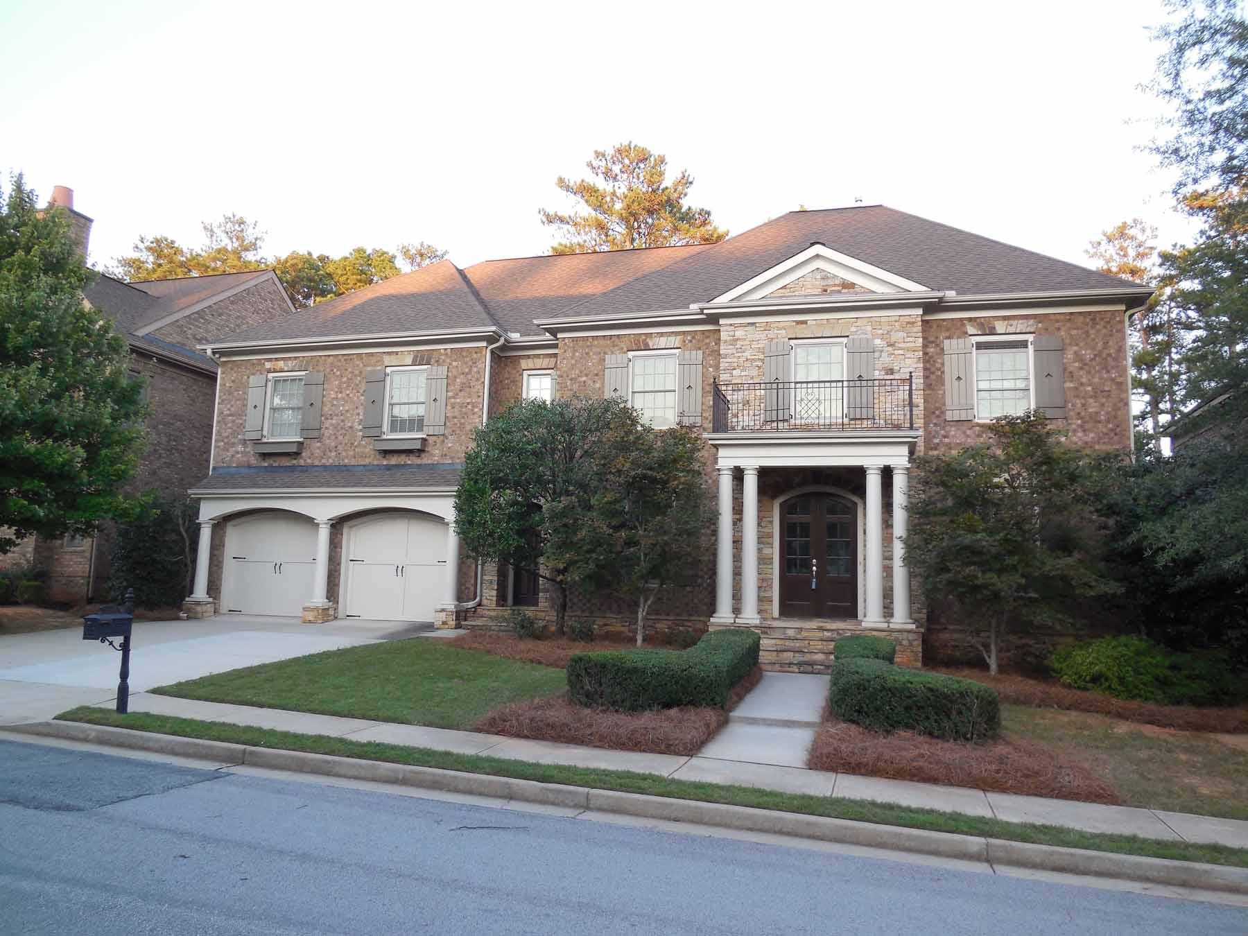 Einfamilienhaus für Verkauf beim Gorgeous Brick and Stone Home in Weston 7870 Georgetown Circle Suwanee, Georgia, 30024 Vereinigte Staaten