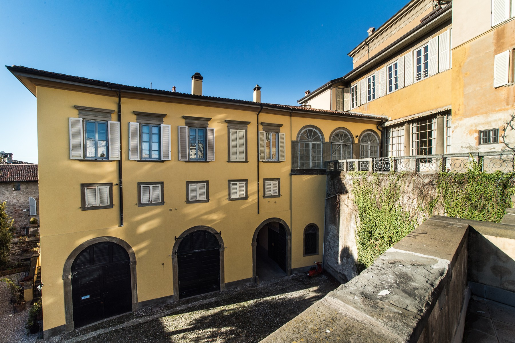 "sales property at Historic stately home on the ancient walls of ""Bergamo alta"""
