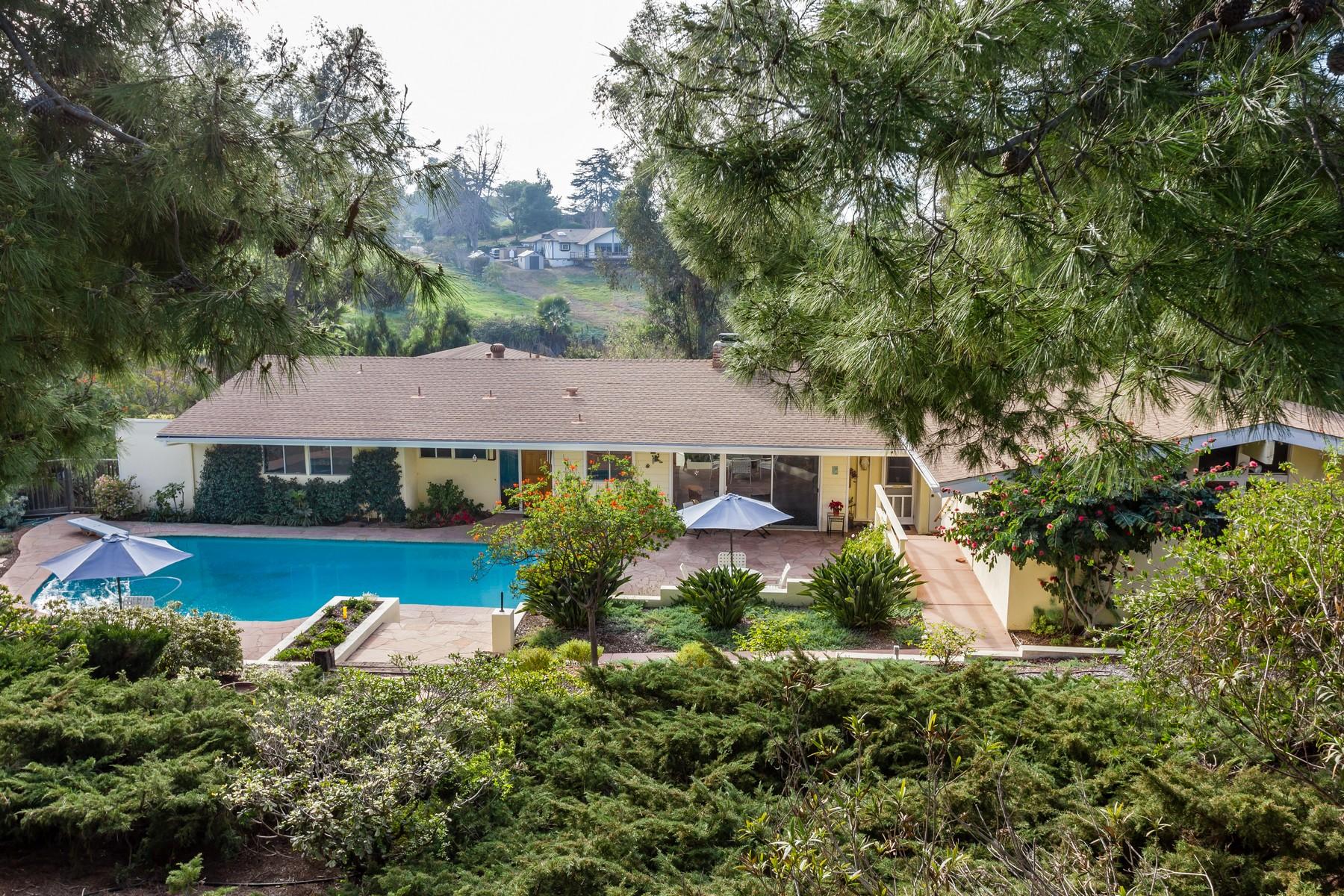 Maison unifamiliale pour l Vente à 3506 Oriente Drive 3056 Oriente Drive Vista, Californie 92084 États-Unis
