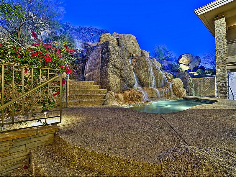 Property Of Hillside Masterpiece in Estancia