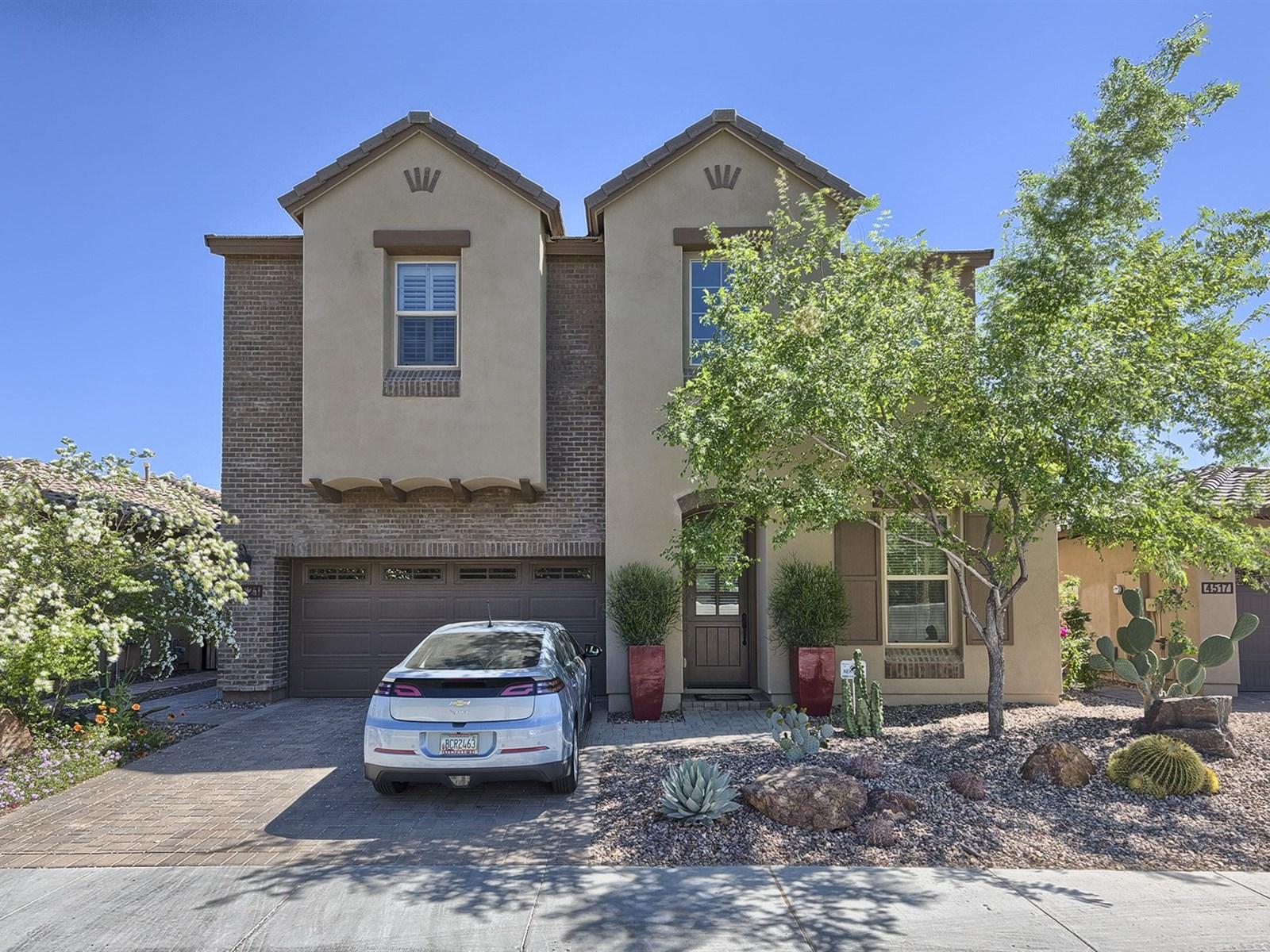 一戸建て のために 売買 アット Absolute Tuscan Jewel 4521 N 33RD PL Phoenix, アリゾナ 85018 アメリカ合衆国