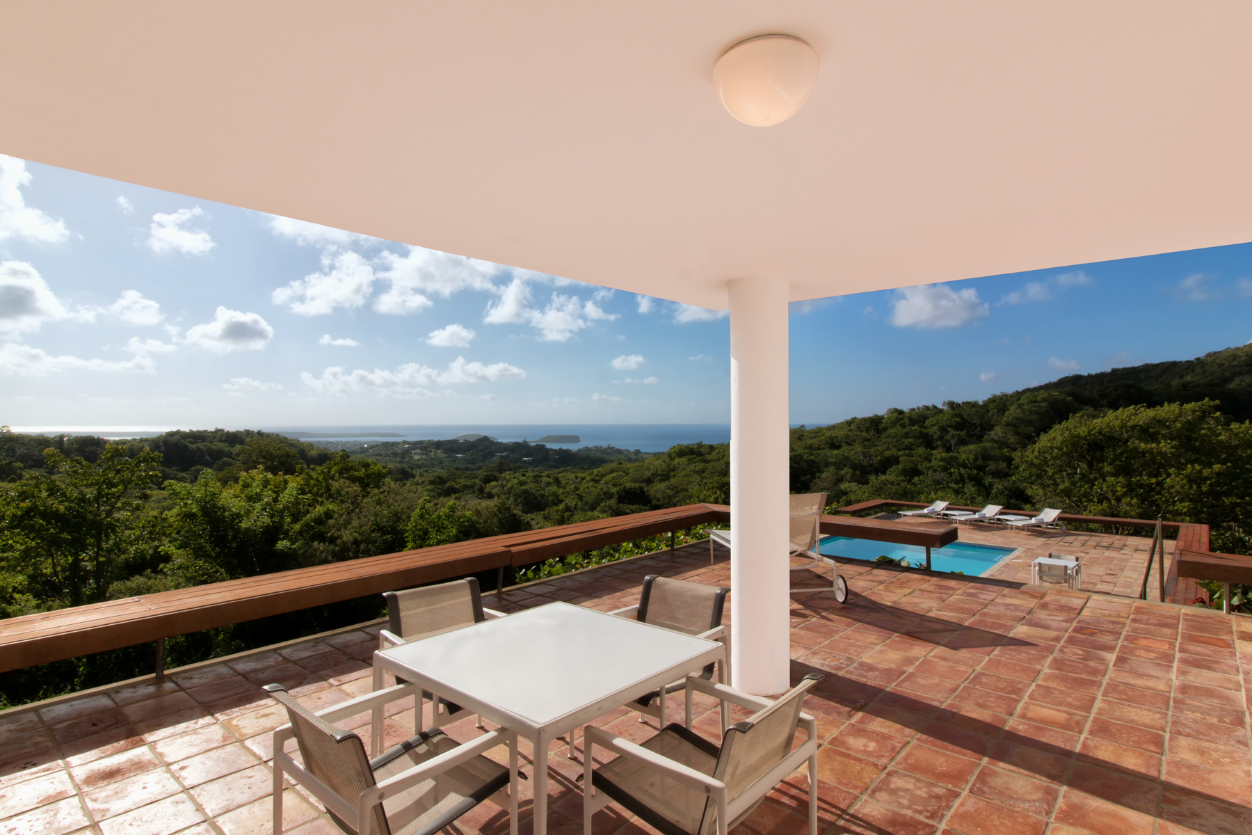 Additional photo for property listing at Contemporary Impressive Casa Crystal Puerto Real Carr 201 Vieques, Puerto Rico 00765 Puerto Rico