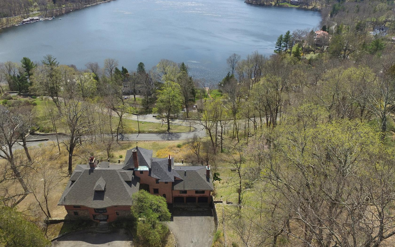 Additional photo for property listing at Historic TB Baldwin Estate 15 Summit Rd Tuxedo Park, New York 10987 United States