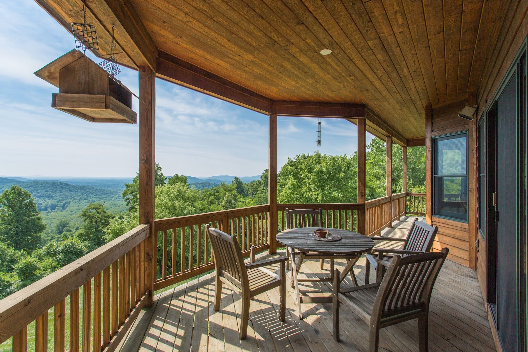 Additional photo for property listing at Chester Gap Cellars 4615 Remount Rd Front Royal, Виргиния 22630 Соединенные Штаты