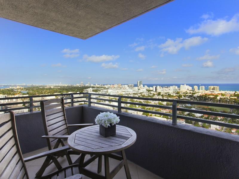 콘도미니엄 용 매매 에 1330 West Av Unit 3107 Miami Beach, 플로리다 33139 미국