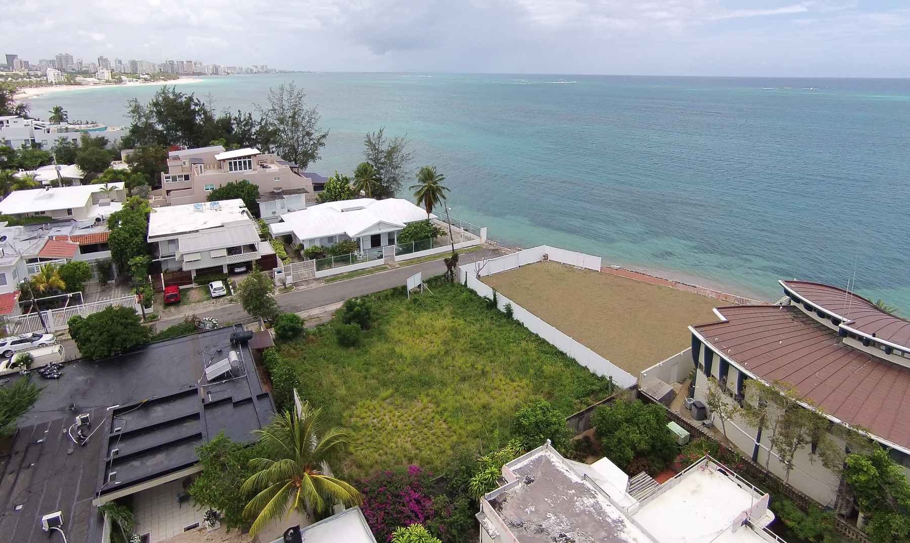 Additional photo for property listing at Subperb Beachfront Lot in Punta Las Marias 1 Caoba Street San Juan, Puerto Rico 00913 Пуэрто-Рико
