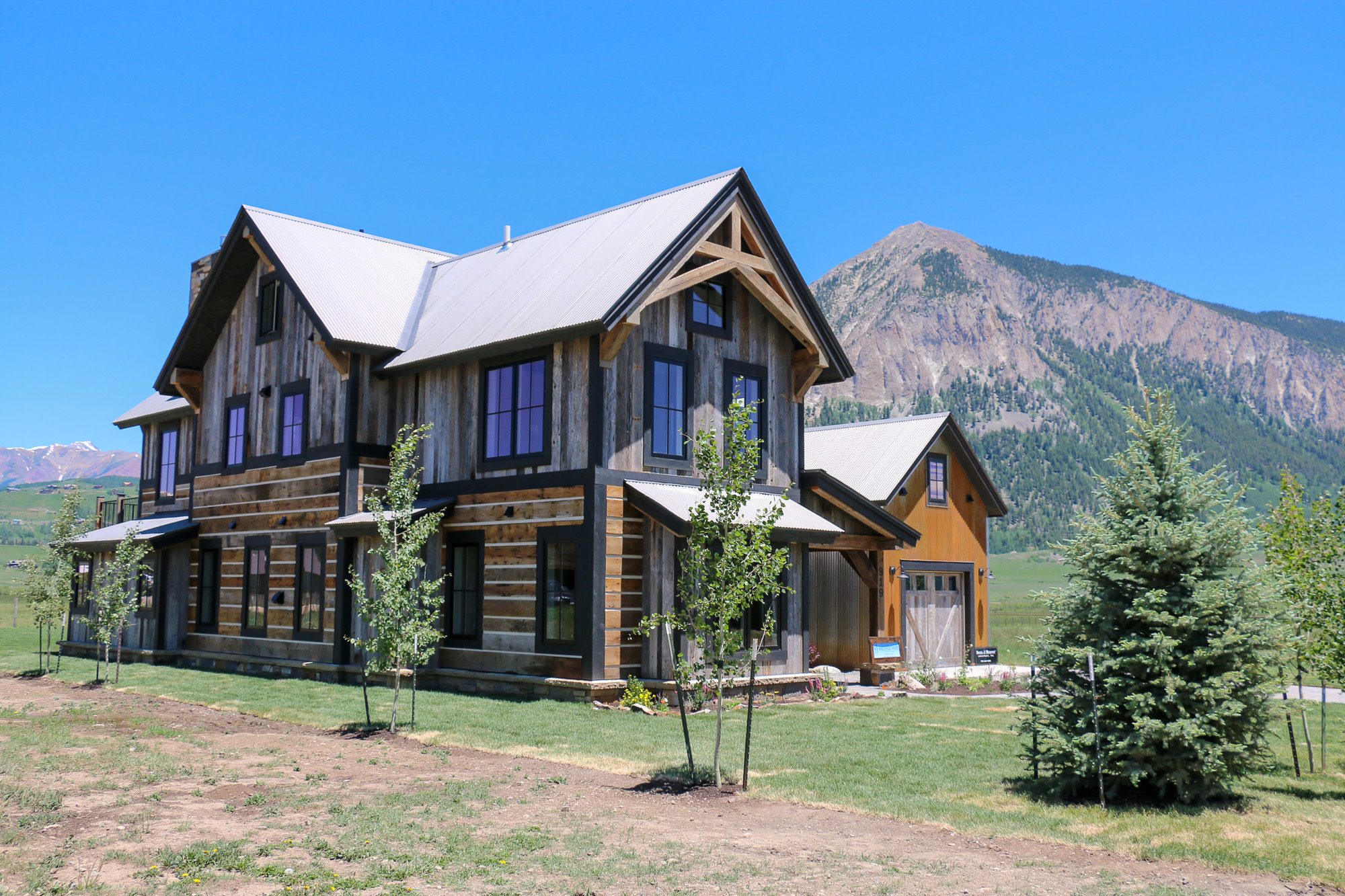 Maison unifamiliale pour l Vente à Crested Butte Newest Luxury Home 919 Belleview Avenue Crested Butte, Colorado, 81224 États-Unis